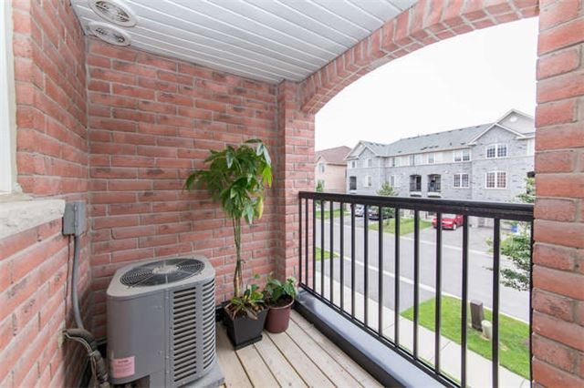 Townhouse at 24 Silvester St, Ajax, Ontario. Image 7