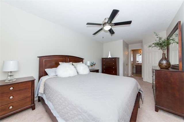 Townhouse at 24 Silvester St, Ajax, Ontario. Image 10