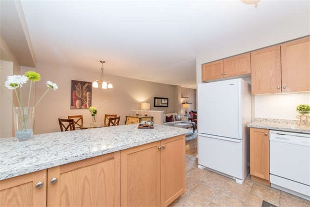 Townhouse at 1178 Ormond Dr, Oshawa, Ontario. Image 18