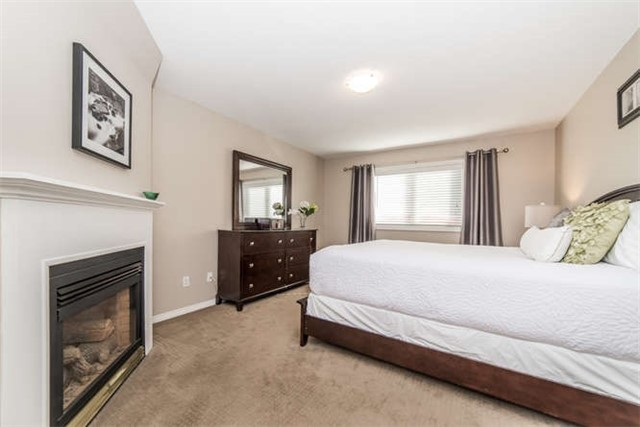 Townhouse at 1178 Ormond Dr, Oshawa, Ontario. Image 3
