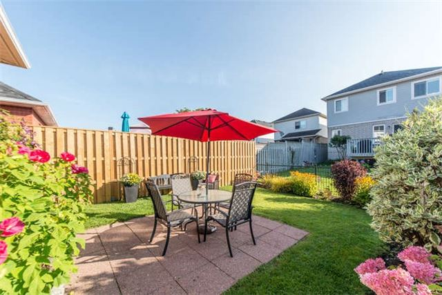 Townhouse at 1178 Ormond Dr, Oshawa, Ontario. Image 9