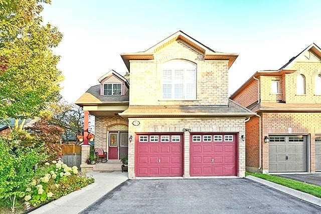 Detached at 73 Bridlewood Blvd, Toronto, Ontario. Image 1
