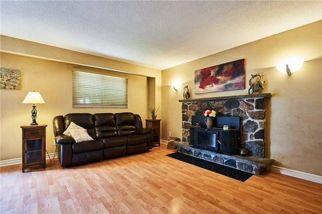 Detached at 504 Downland Dr, Pickering, Ontario. Image 17