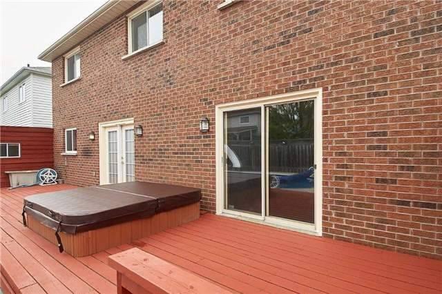 Detached at 854 Grandview St N, Oshawa, Ontario. Image 11