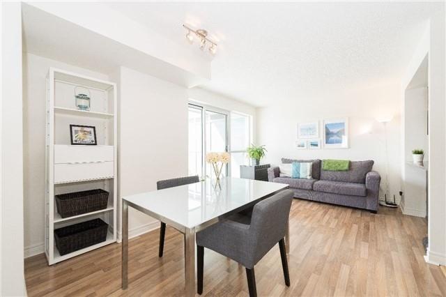 Condo Apartment at 60 Town Centre Crt, Unit 709, Toronto, Ontario. Image 4