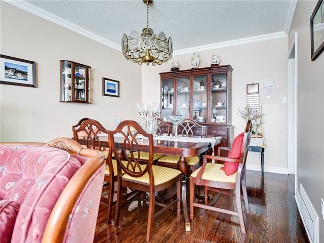 Detached at 64 Sonmore Dr, Toronto, Ontario. Image 13