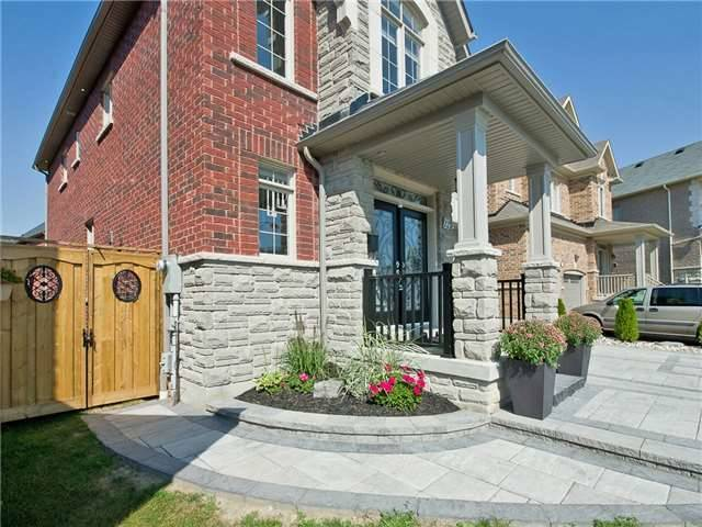 Detached at 12 Nott Dr, Ajax, Ontario. Image 11