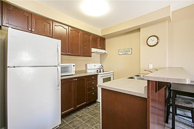 Condo Apartment at 136 Aspen Springs Dr, Unit 309, Clarington, Ontario. Image 10