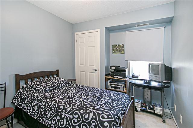 Condo Apartment at 136 Aspen Springs Dr, Unit 309, Clarington, Ontario. Image 16