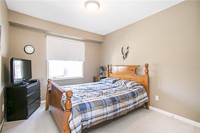Condo Apartment at 136 Aspen Springs Dr, Unit 309, Clarington, Ontario. Image 2