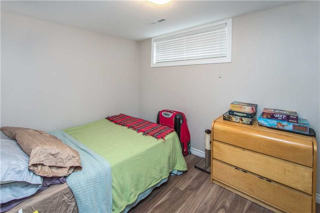 Detached at 1028 Mccullough Dr, Whitby, Ontario. Image 4