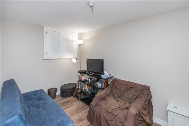 Detached at 1028 Mccullough Dr, Whitby, Ontario. Image 5