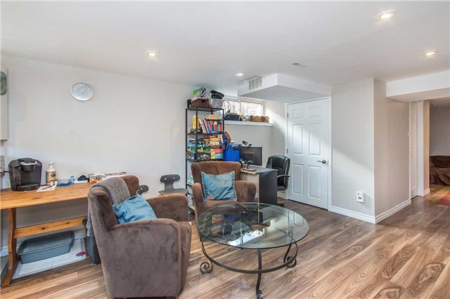 Detached at 1028 Mccullough Dr, Whitby, Ontario. Image 6