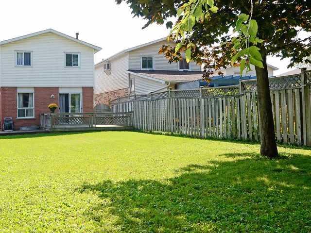 Detached at 126 George St E, Clarington, Ontario. Image 10