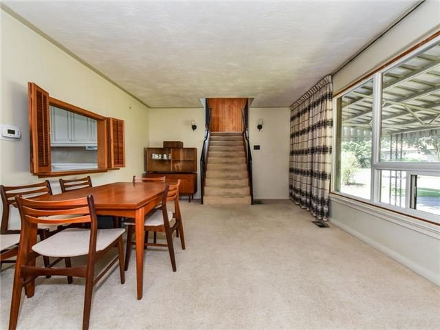 Detached at 1 Hiley Ave, Ajax, Ontario. Image 13