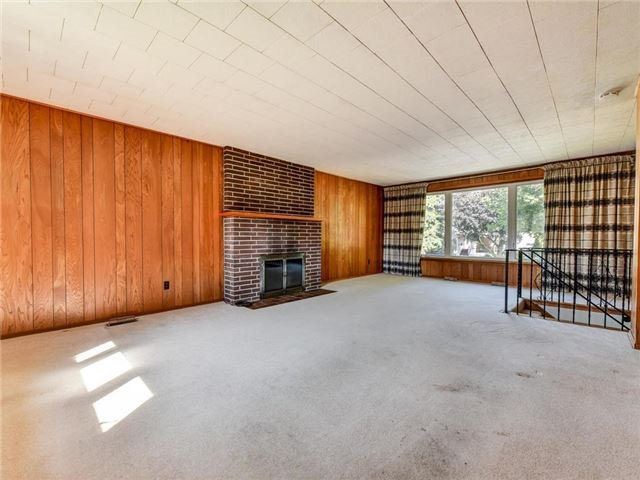 Detached at 1 Hiley Ave, Ajax, Ontario. Image 15
