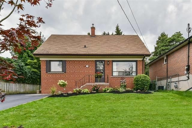 Detached at 468 Oakwood Dr, Pickering, Ontario. Image 1