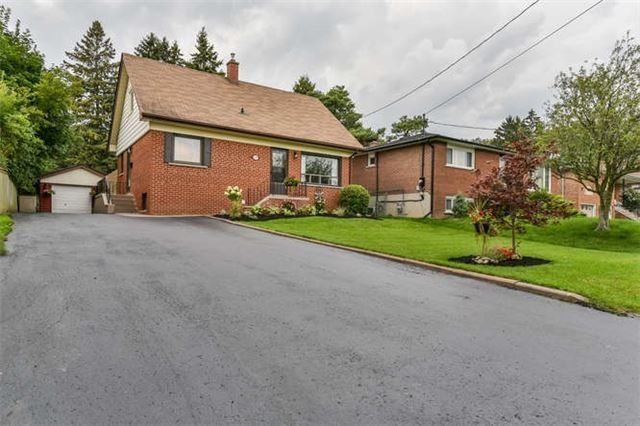 Detached at 468 Oakwood Dr, Pickering, Ontario. Image 12