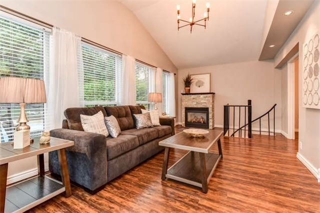 Detached at 468 Oakwood Dr, Pickering, Ontario. Image 19