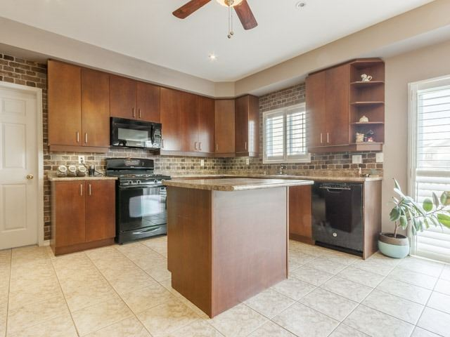 Detached at 857 Audley Rd S, Ajax, Ontario. Image 18