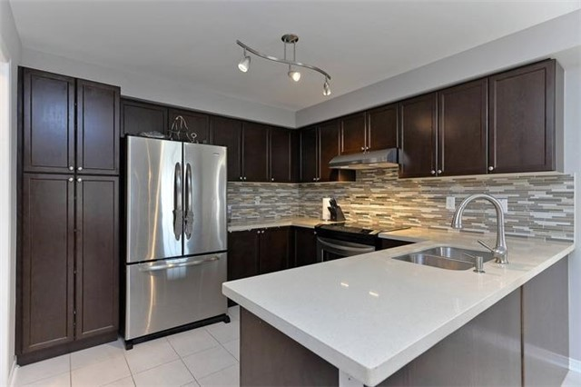 Detached at 799 Mccue Dr, Oshawa, Ontario. Image 17