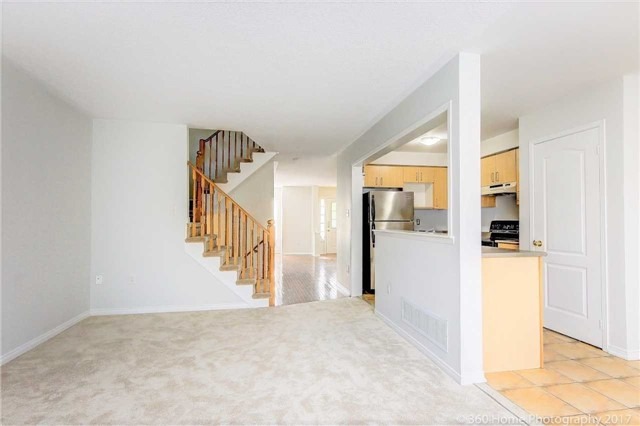 Townhouse at 926 Audley Rd S, Ajax, Ontario. Image 3