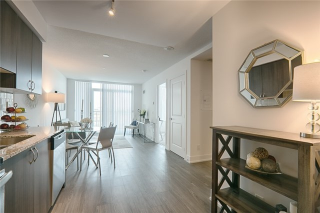 Condo Apartment at 1215 Bayly St, Unit 302, Pickering, Ontario. Image 14