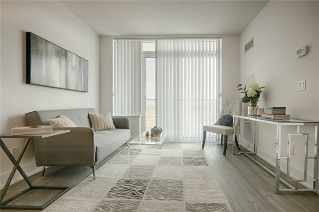 Condo Apartment at 1215 Bayly St, Unit 302, Pickering, Ontario. Image 15