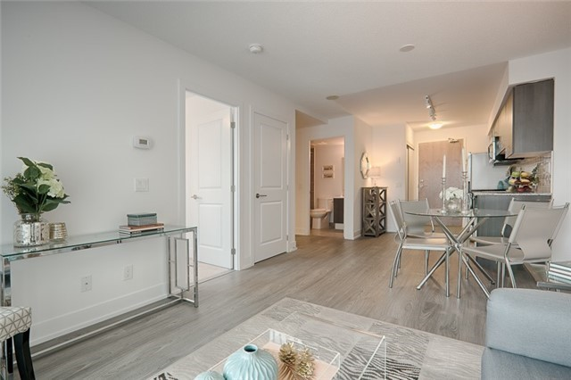 Condo Apartment at 1215 Bayly St, Unit 302, Pickering, Ontario. Image 17