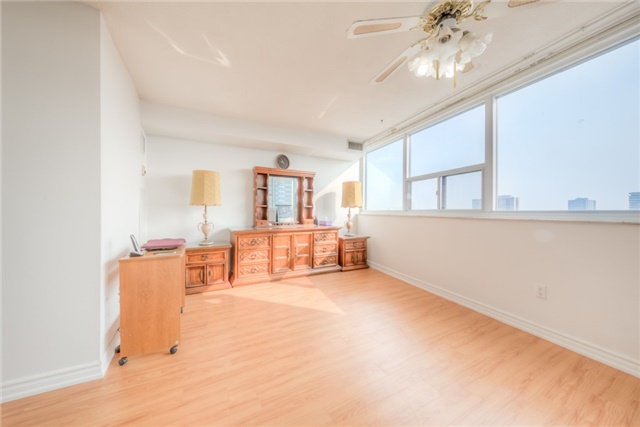 Condo Apartment at 55 Huntingdale Blvd, Unit 1503, Toronto, Ontario. Image 3