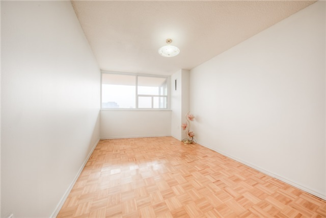 Condo Apartment at 55 Huntingdale Blvd, Unit 1503, Toronto, Ontario. Image 5