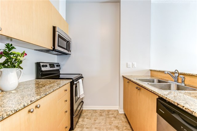 Condo Apartment at 1 Sidney Lane, Unit 209, Clarington, Ontario. Image 15