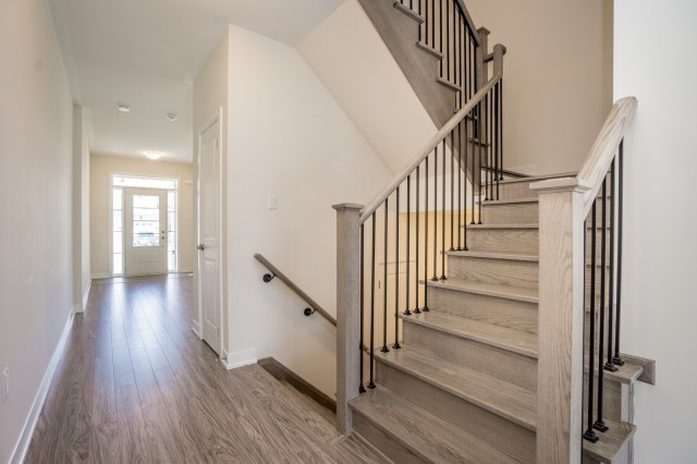 Townhouse at 57 Barrister Ave, Whitby, Ontario. Image 17