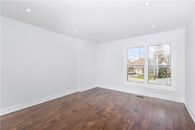 Detached at 161 Sandy Haven Dr, Toronto, Ontario. Image 8
