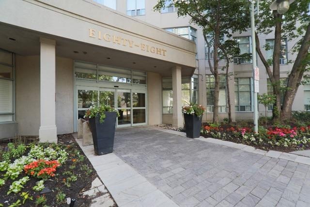 Condo Apartment at 88 Corporate Dr, Unit 617, Toronto, Ontario. Image 1