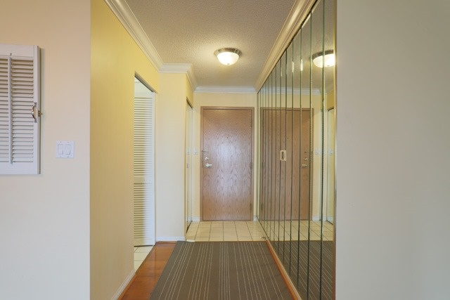 Condo Apartment at 88 Corporate Dr, Unit 617, Toronto, Ontario. Image 7