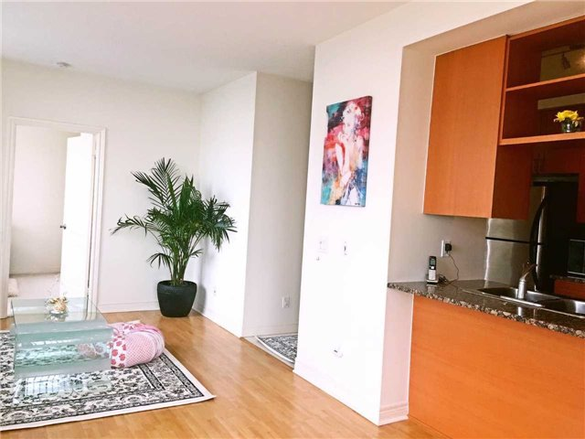 Condo Apartment at 60 Town Centre Crt, Unit Uph06, Toronto, Ontario. Image 16