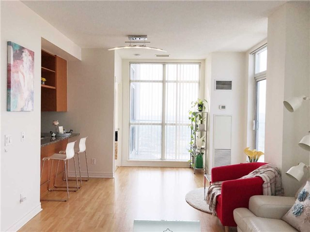 Condo Apartment at 60 Town Centre Crt, Unit Uph06, Toronto, Ontario. Image 17