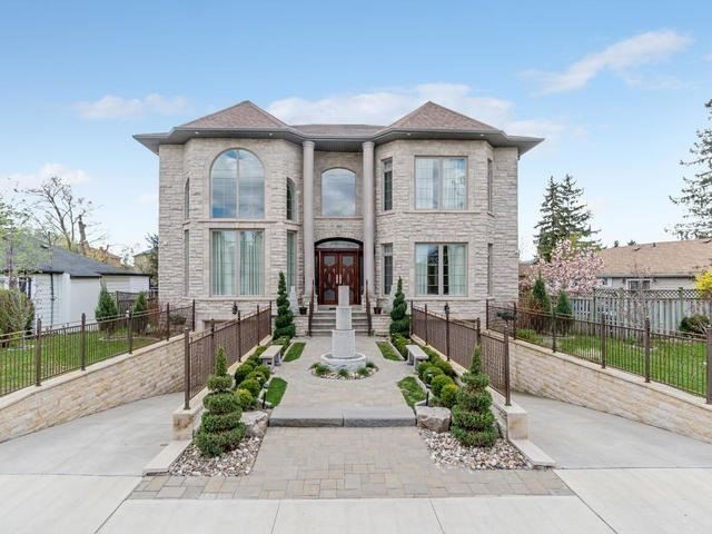 Detached at 369 Toynevale Rd, Pickering, Ontario. Image 1