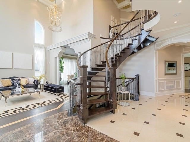 Detached at 369 Toynevale Rd, Pickering, Ontario. Image 14