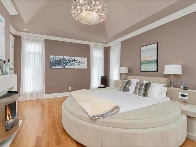 Detached at 369 Toynevale Rd, Pickering, Ontario. Image 3