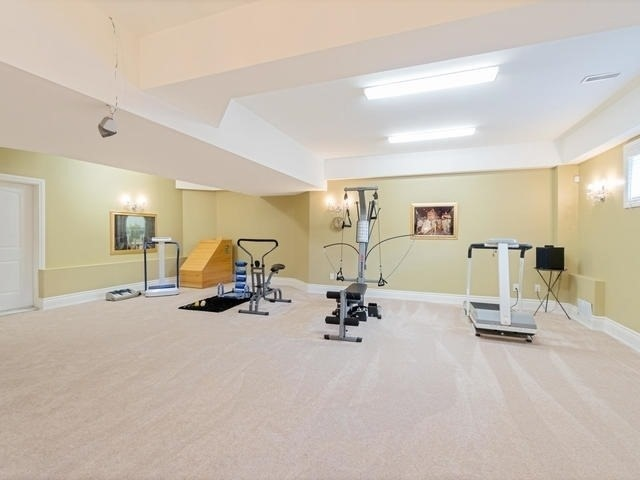 Detached at 369 Toynevale Rd, Pickering, Ontario. Image 10