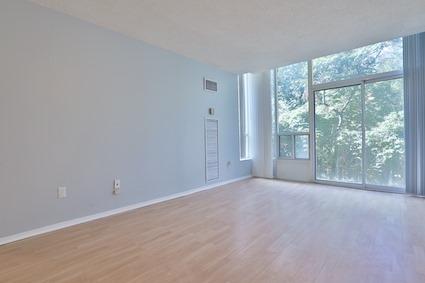 Condo Apartment at 3050 Ellesmere Rd, Unit 108, Toronto, Ontario. Image 13