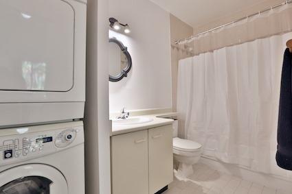 Condo Apartment at 3050 Ellesmere Rd, Unit 108, Toronto, Ontario. Image 16