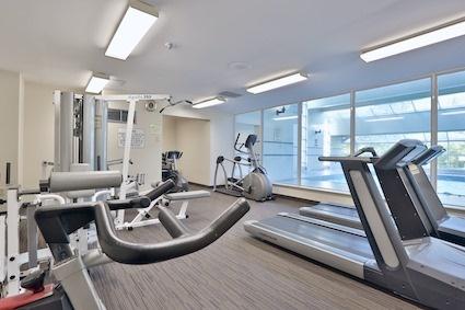 Condo Apartment at 3050 Ellesmere Rd, Unit 108, Toronto, Ontario. Image 4