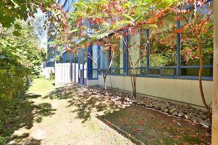 Condo Apartment at 3050 Ellesmere Rd, Unit 108, Toronto, Ontario. Image 6