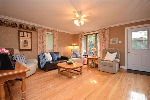 Detached at 2385 Sixth Concession Rd, Pickering, Ontario. Image 3