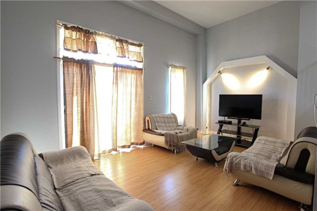 Condo Townhouse at 15 Guildwood Pkwy, Unit 47, Toronto, Ontario. Image 10