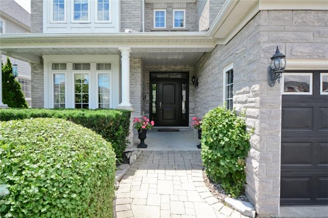 Detached at 1038 Mcquay Blvd, Whitby, Ontario. Image 12