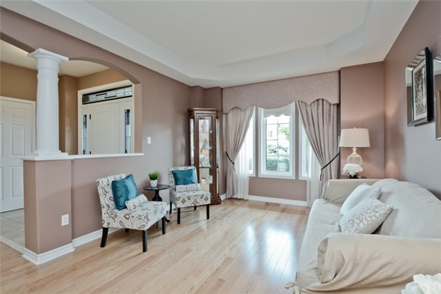 Detached at 1038 Mcquay Blvd, Whitby, Ontario. Image 16